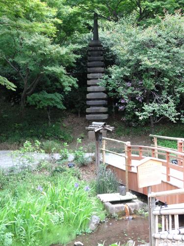 織田有楽斎の層塔