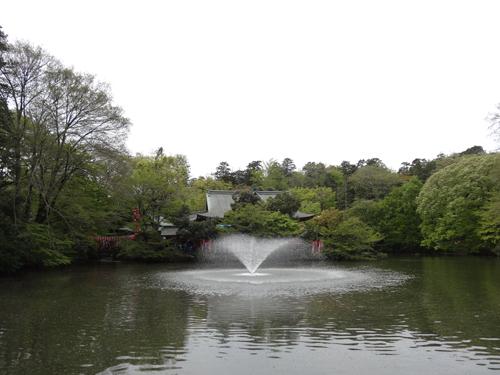 井の頭公園内の弁天堂